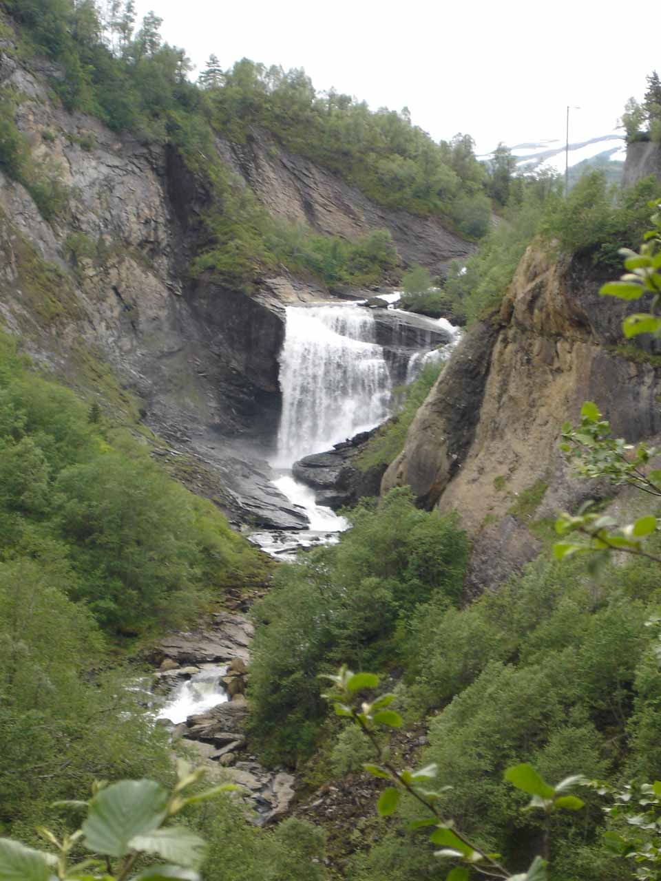 On our way to Steinsdalsfossen, we noticed this waterfall near the egress of one of the last tunnels (one of several tunnels) on the Mv7