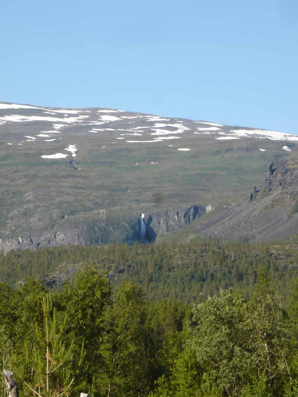 This distant but powerful waterfall was another giant that we noticed as we were driving north out of Reisadalen towards Storslett
