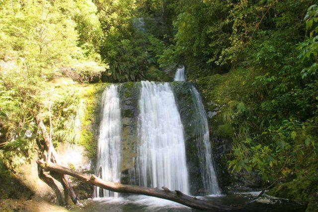 Ryde_Falls_038_12202009 - Ryde Falls