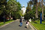 Sacramento_048_04102021 - Julie and Tahia headed towards the California state capitol building after having had our fill of the rose garden and Vietnam War Memorial