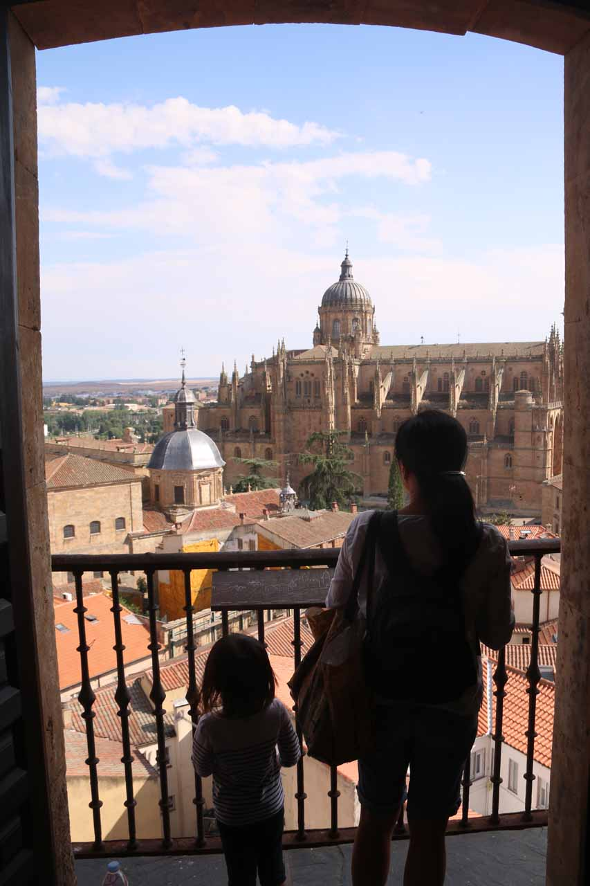 Julie and Tahia looking towards the cathedral from the Scala Coeli