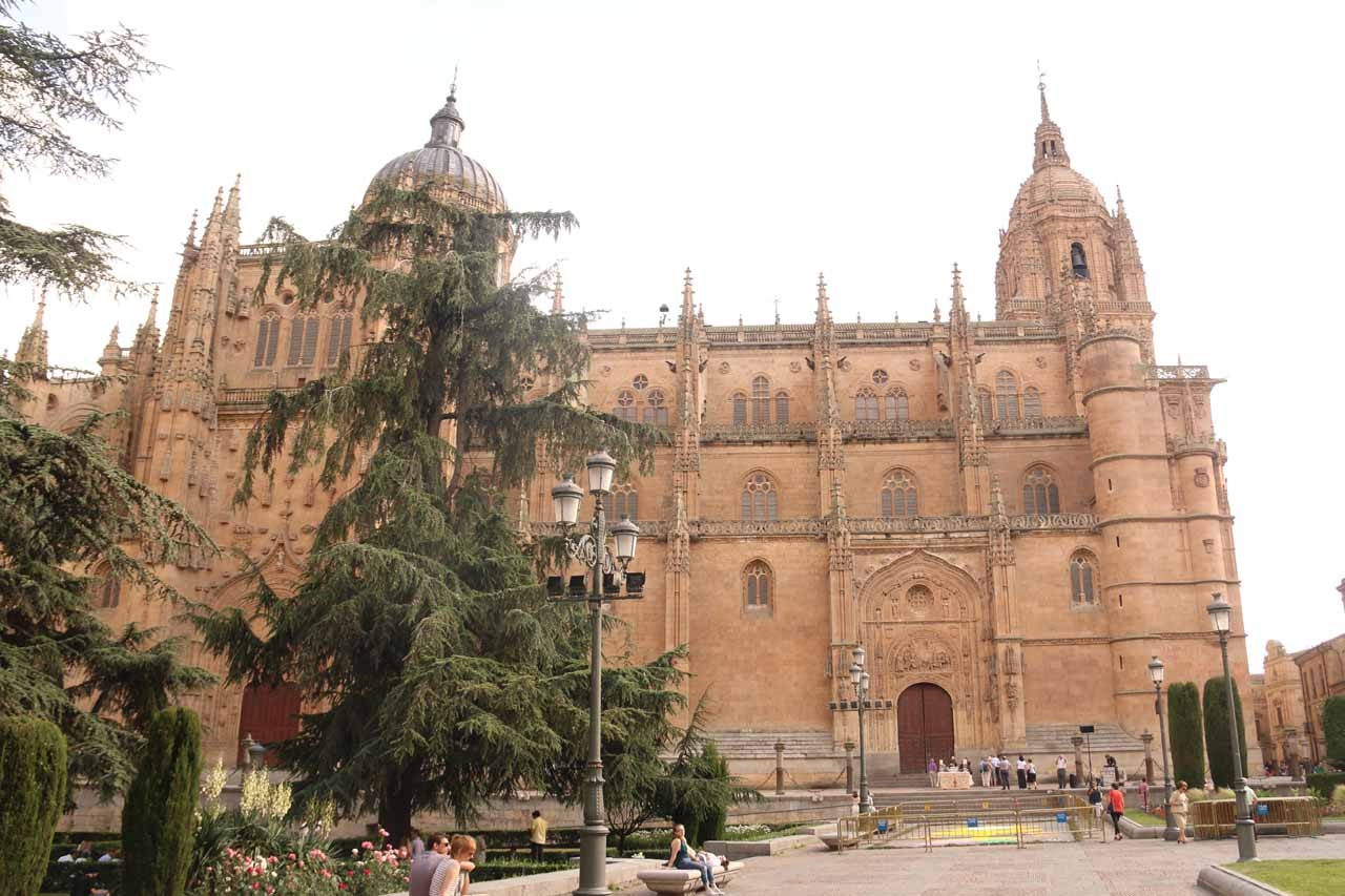 Approaching the cathedral in Salamanca