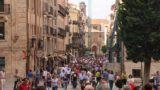 Salamanca_200_06072015 - Huge crowds along the Rua Mayor, which I'd imagine had to do with the Corpus Cristi Celebrations
