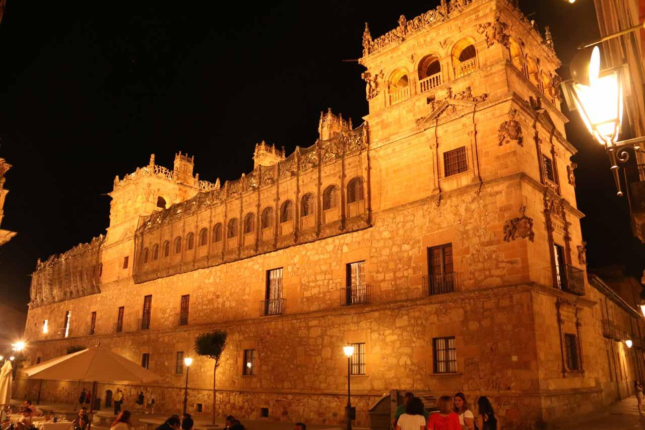 Checking out the Palacio de Monterrey