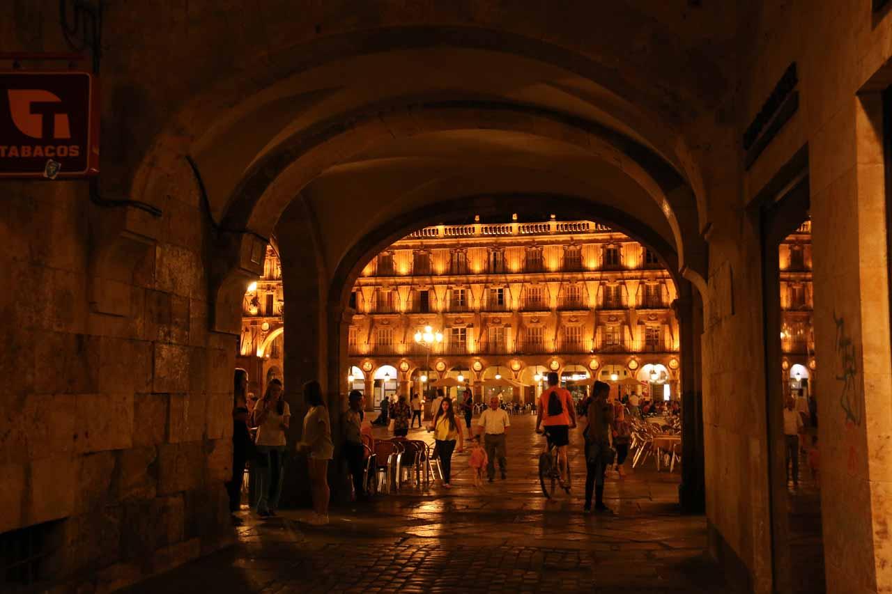Back at the Plaza Mayor in Salamanca at night