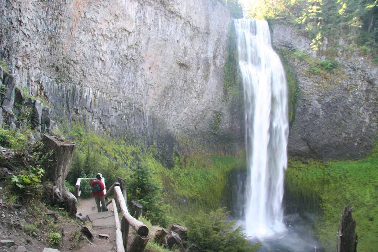 Julie at the lower viewpoint of Salt Creek Falls