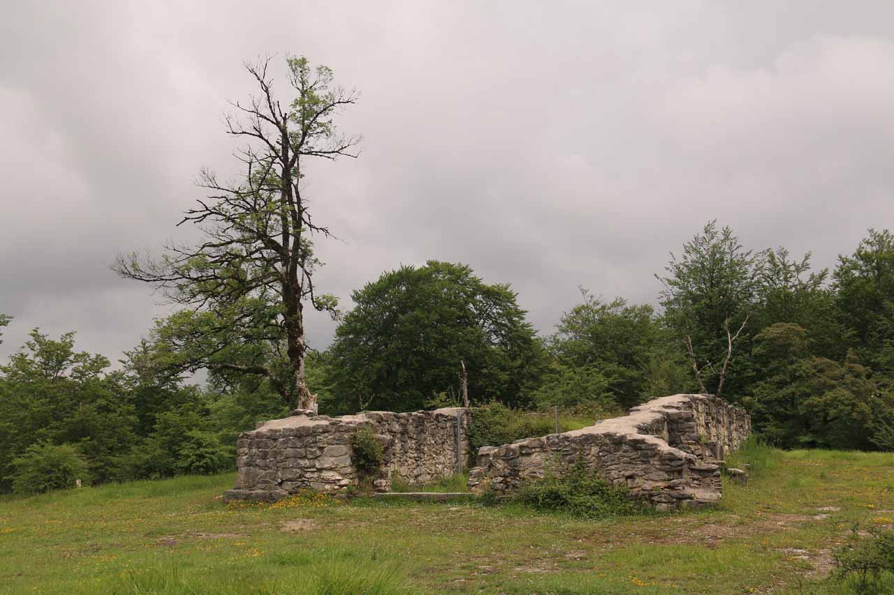 The trail to Salto del Nervión surprised us with some history as we noticed the ruins of this 11th to 12th century monastery during our hike