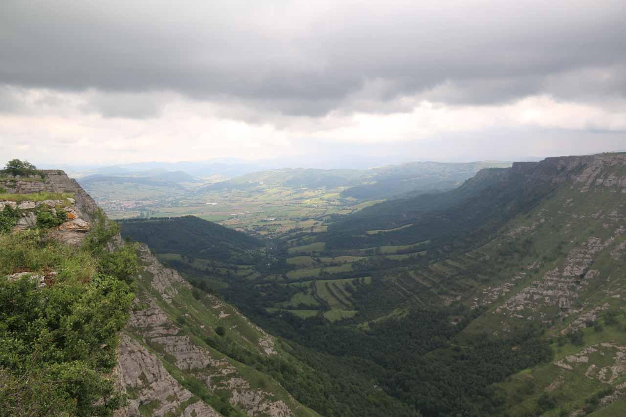Looking down into the valley from the Mirador de Salto del Nervión