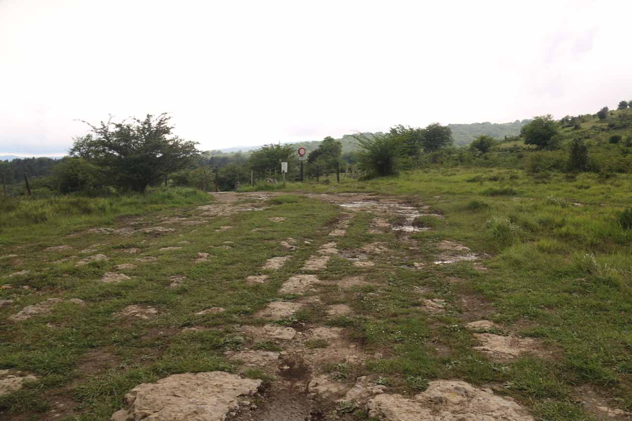 Walking on cow pastures and an old 4wd towards an alternate view of Salto del Nervion