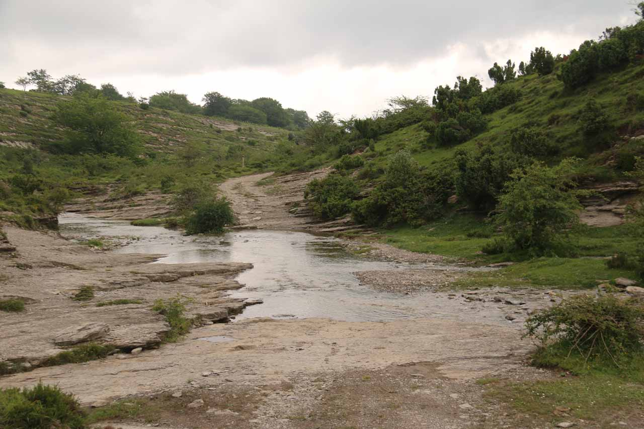 I had to cross over the stream responsible for the Salto del Nervion before reaching the alternate view of it