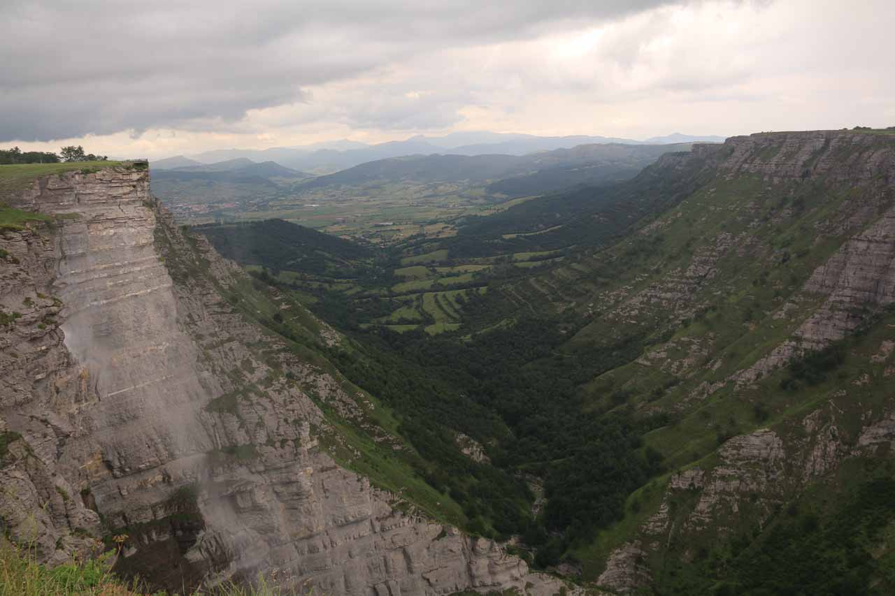 My first taste of an alternate view of Salto del Nervión framed by the V-shaped valley