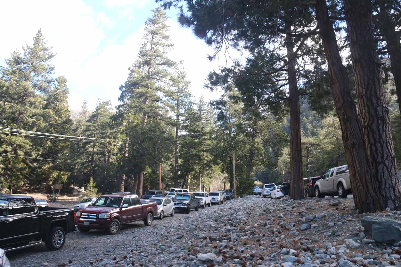 Many cars at the San Antonio Falls trailhead