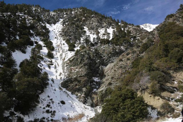San_Antonio_Falls_16_087_01162016 - Context of San Antonio Falls accompanied by a lot of snow on an early-season visit in January 2016 as seen from the overlook