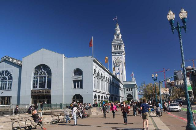 San_Francisco_496_04212019 - Strolling along the Embarcadero and its piers, which was a charming place for a walk on the eastern side of the peninsula of downtown San Francisco