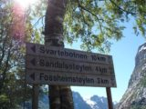 Sanddalsfossen_004_jx_06302005 - Sign near the start of the trail as seen on our first hike in 2005