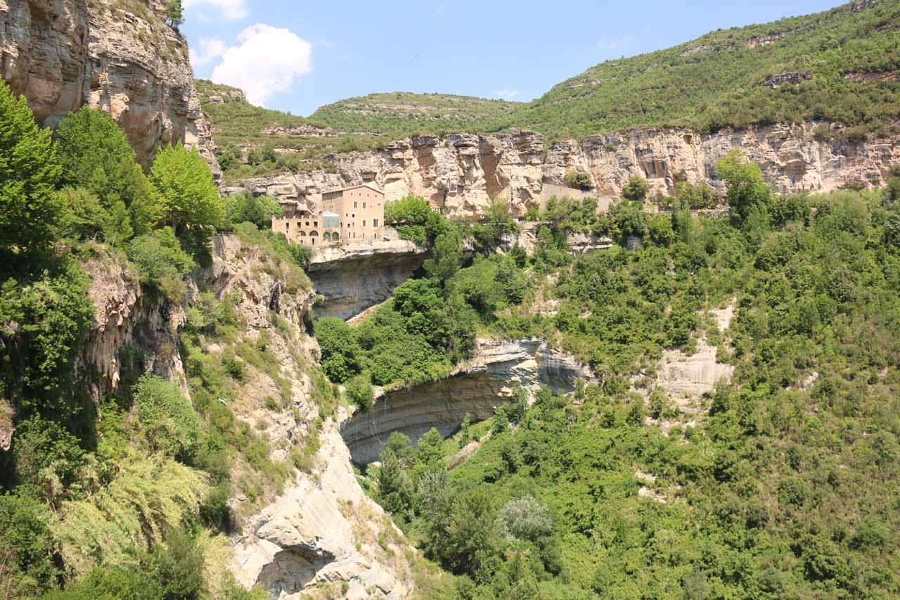 This was the back towards the Monestir de Sant Miquel de Fai after having passed by the Salt de Tenes