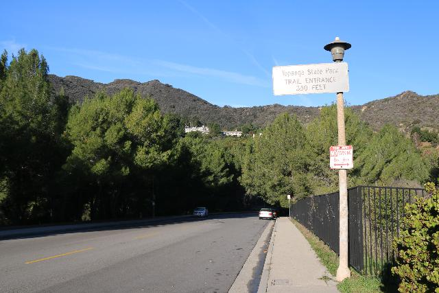 Santa_Ynez_Falls_001_01192019 - Signage on Vereda de la Montura indicating we were on the correct street for the Santa Ynez Canyon Trailhead