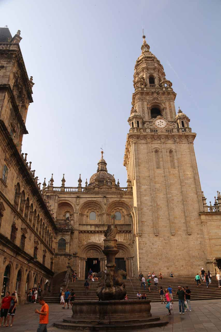 Looking up over a fountain towards the tower of the Catedral de Santiago de Compostela