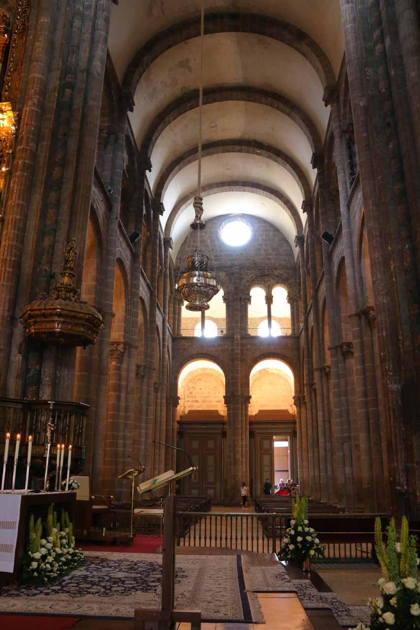 Looking across the main altar of the Catedral de Santiago de Compostela