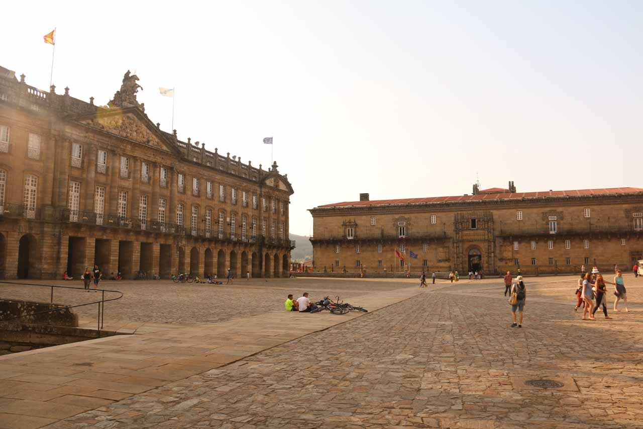 Looking across the Praza do Obradoiro as the sun was in the process of setting