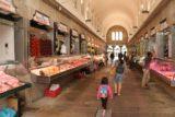 Santiago_de_Compostela_328_06092015 - Inside one of the fish market aisles of the Mercado de Abastos