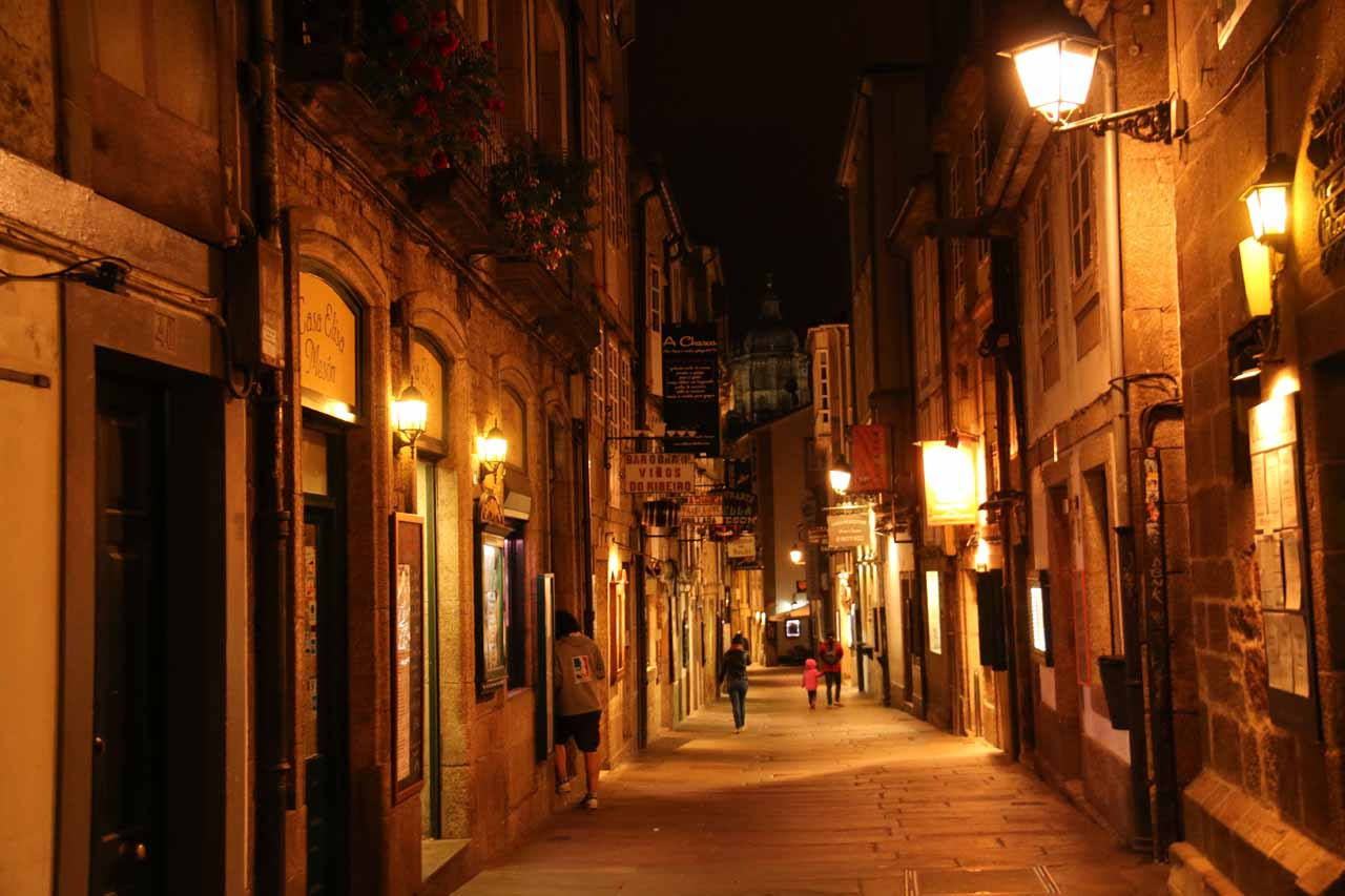 On this night, the Rua do Franco was much quieter than it was yesterday