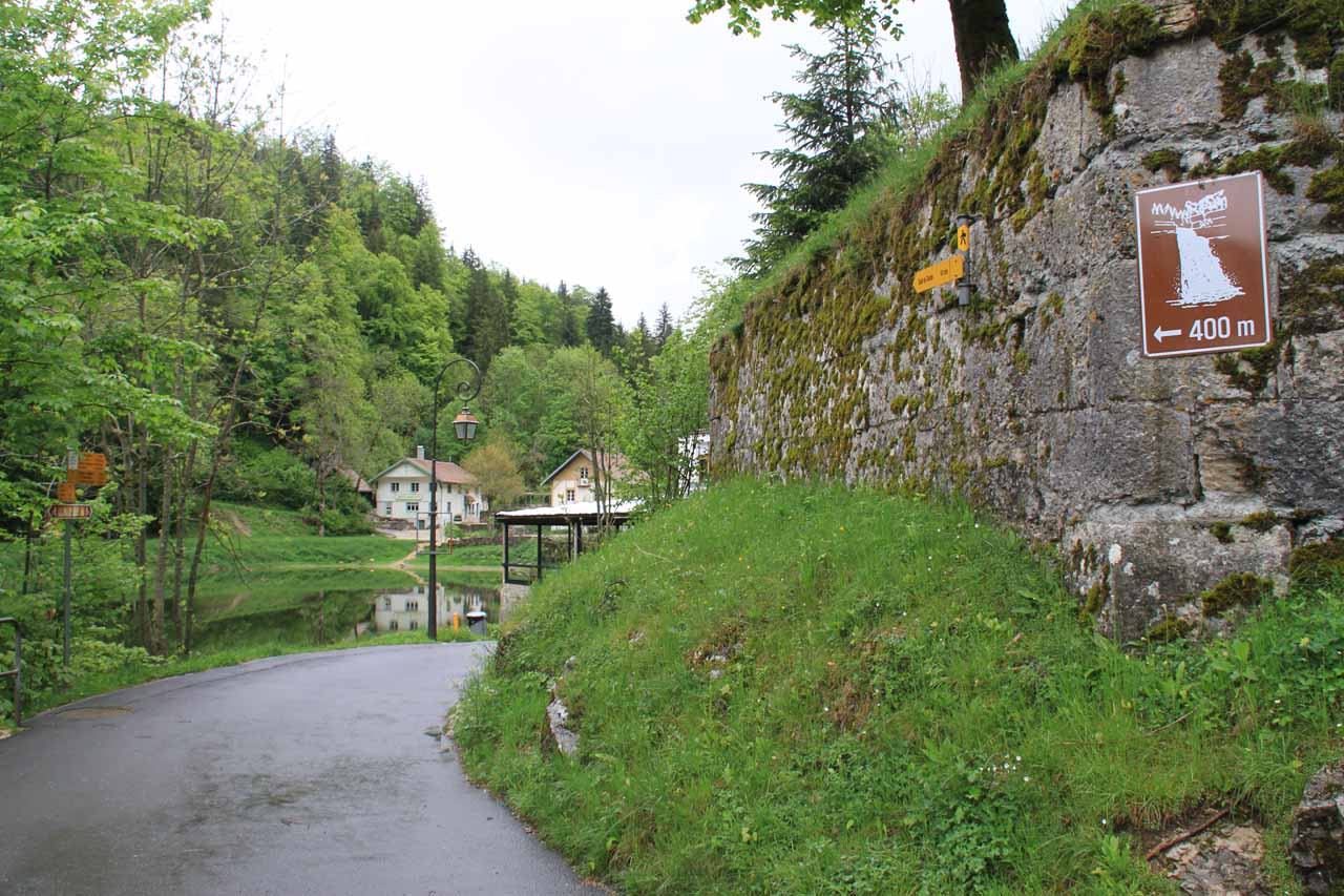 400m to the waterfall on the Swiss side