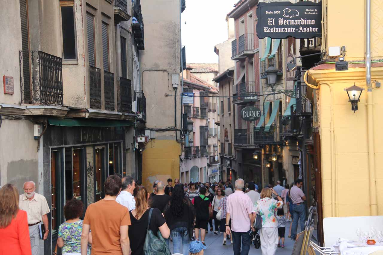 Walking the Calle Cervantes as we got closer to the aqueduct