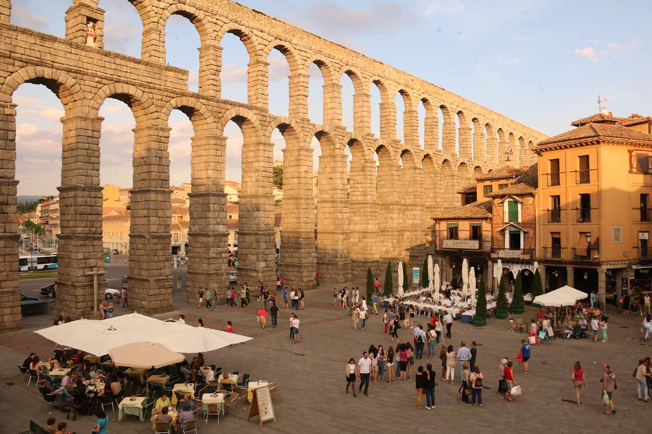 Looking over the Plaza del Azoguejo with the impressive Roman aqueduct serving as the backdrop