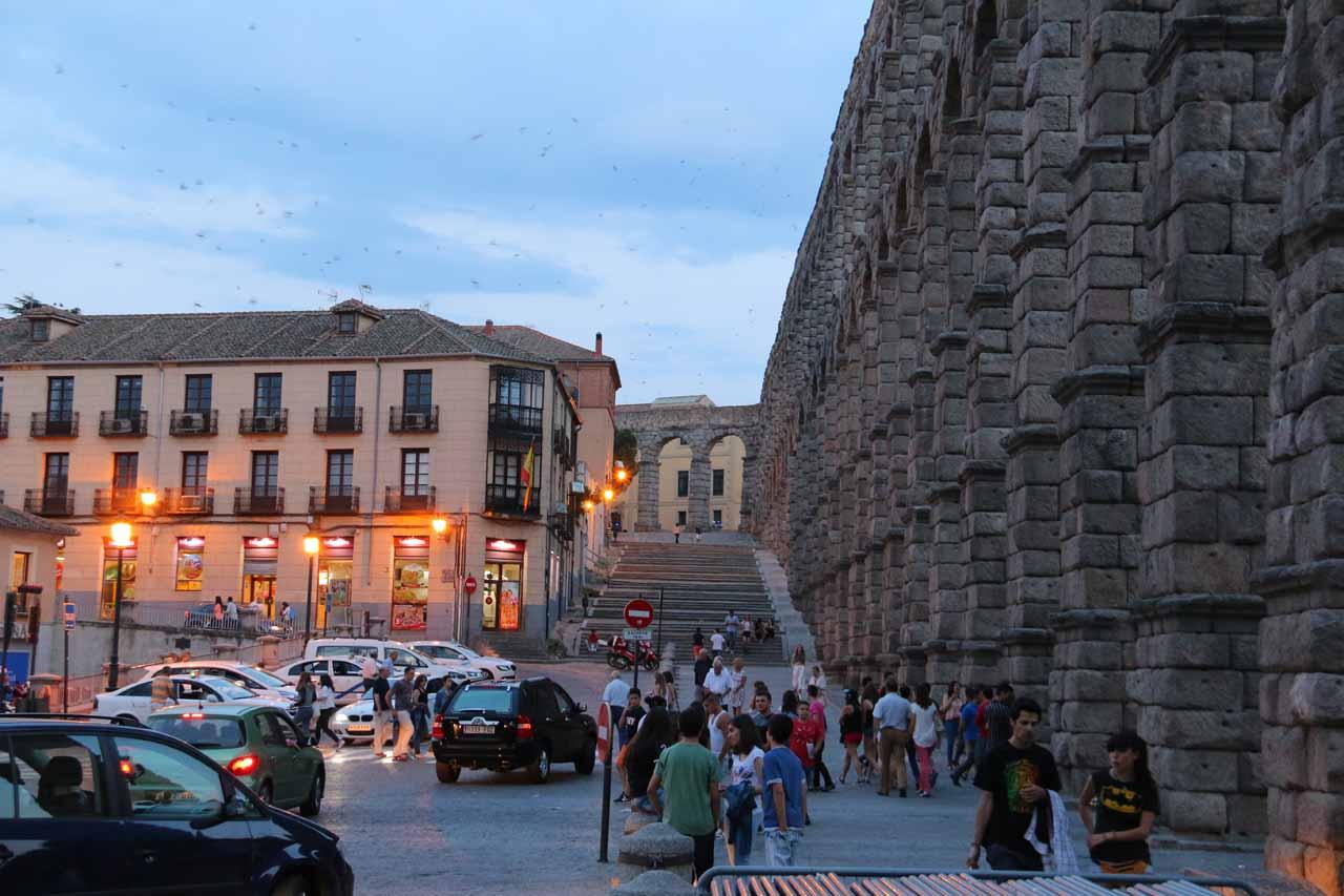 Magical twilight at the aqueduct in Segovia