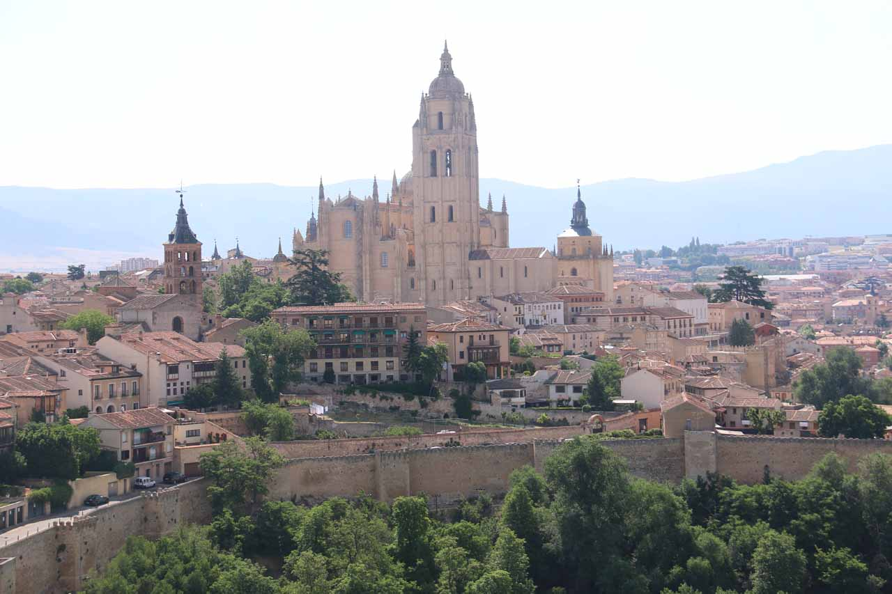 More focused look at the Catedral from the top of the tower of the Alcazar de Segovia