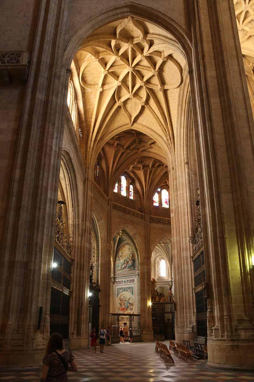 Inside the grand Catedral de Segovia
