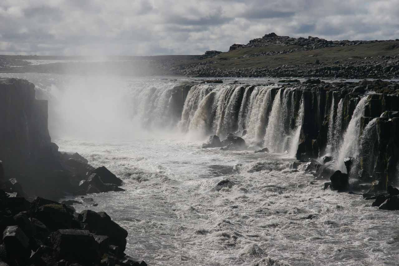 Getting closer to the impressive Selfoss