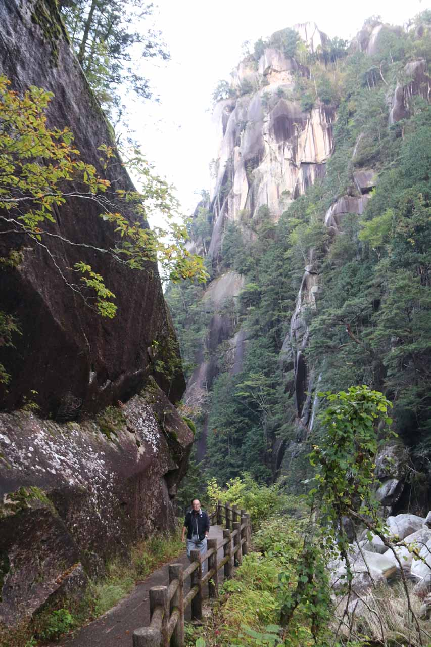 More vertical scenery within the Shosenkyo Gorge