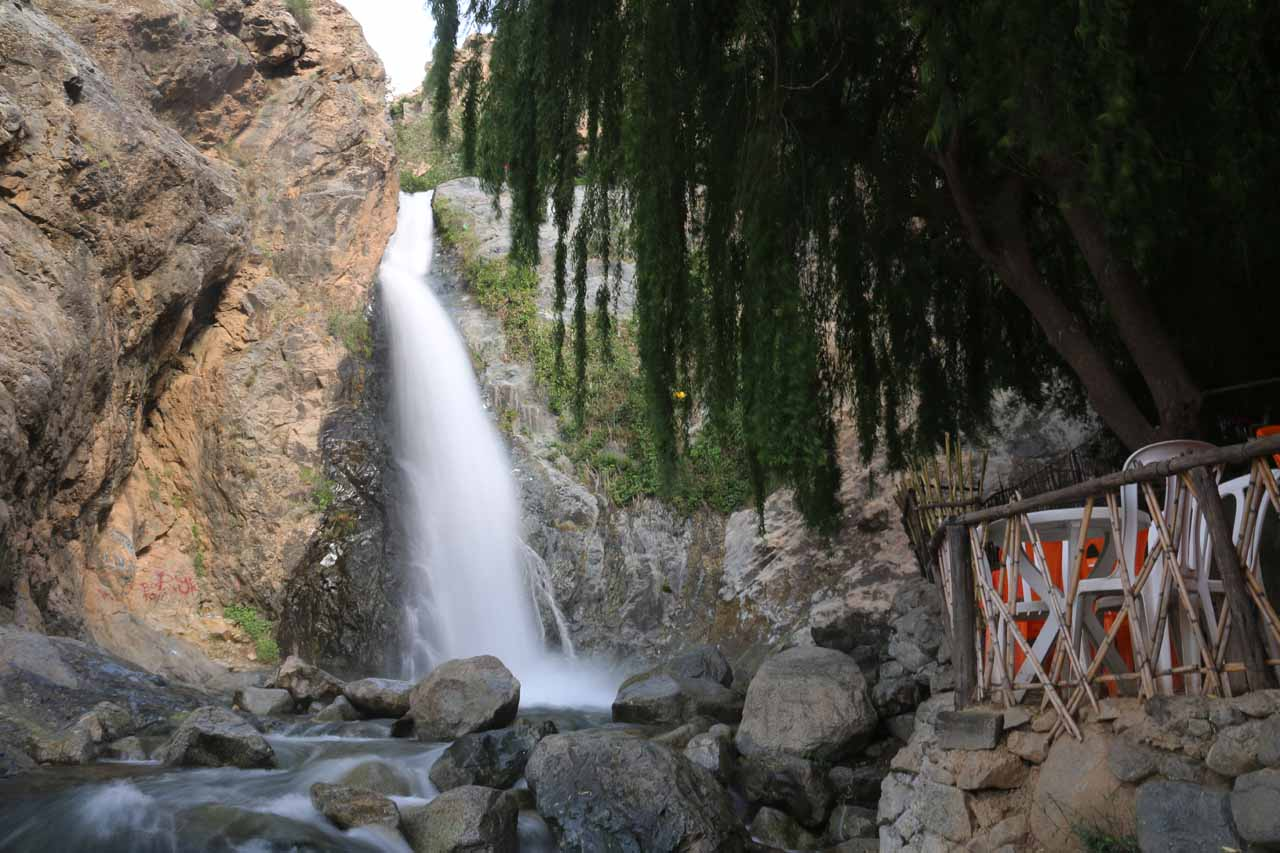 The first Setti Fatma Waterfall and the Cafe Immouzer