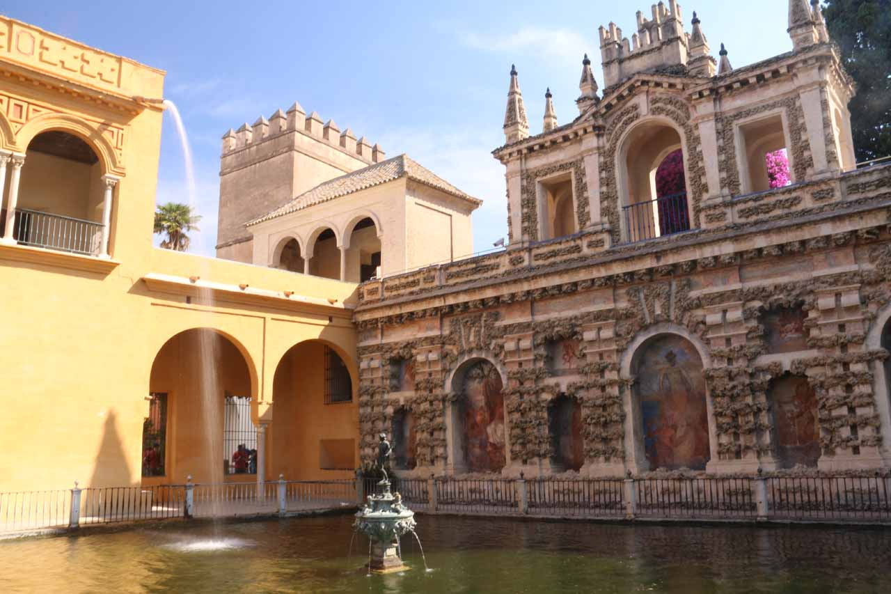 An attractive fountain and pool that we chilled out at in the garden within the Real Alcazar de Sevilla