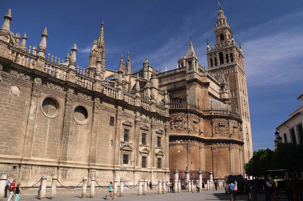 Looking for the entrance of the Catedral de Sevilla, which yielded side views like this