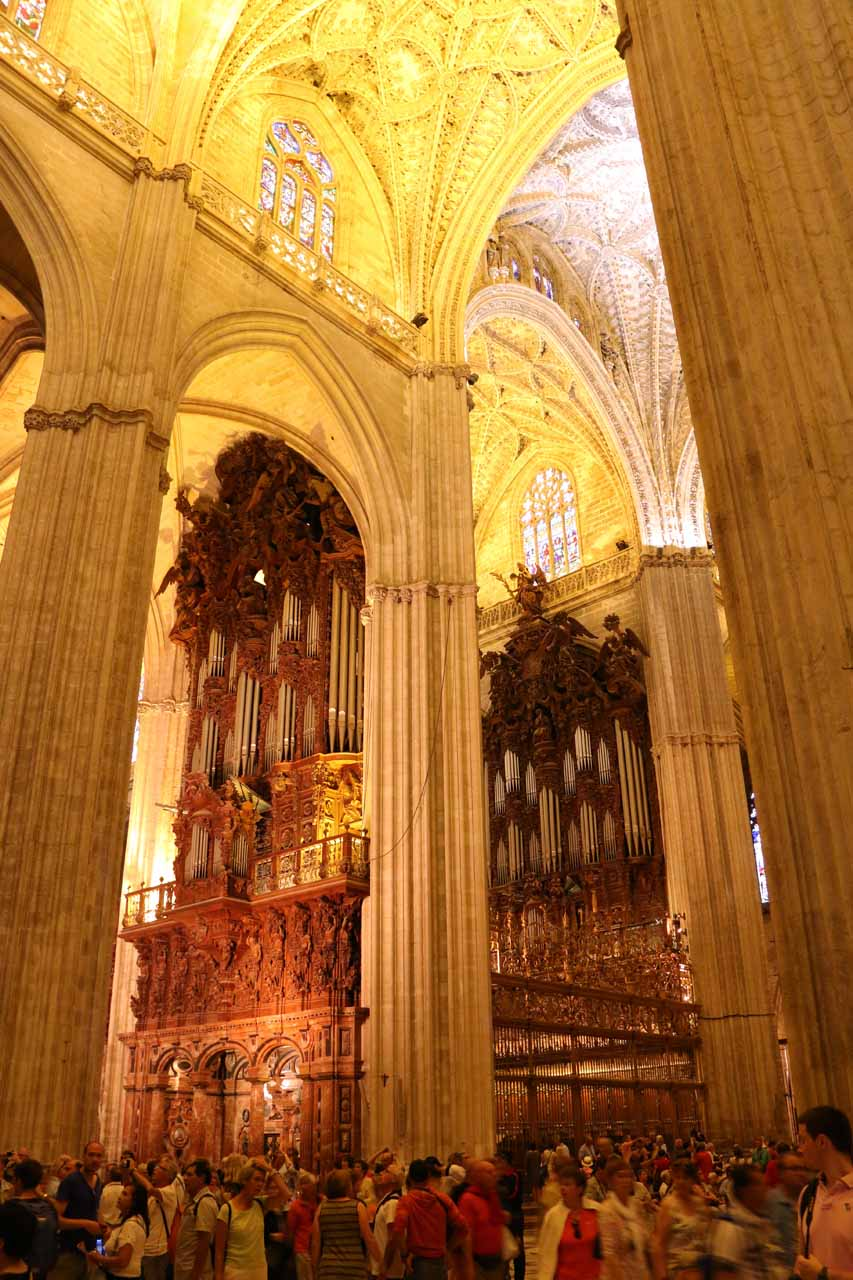It was very busy inside the Catedral de Sevilla, but most of our attention tended to be directed upwards