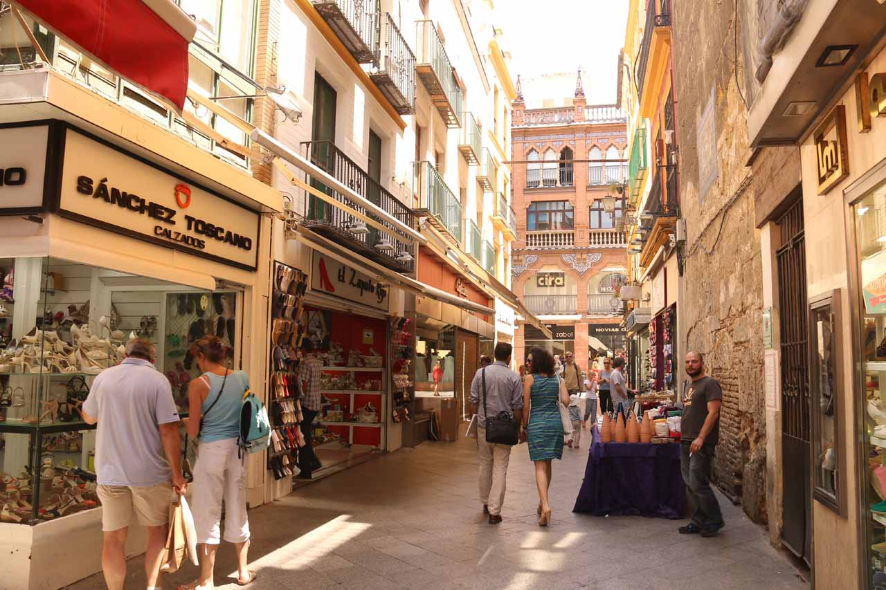 Passing through alleyways that I swore was more like shoe store row as we pursued the Parasol del Metropol