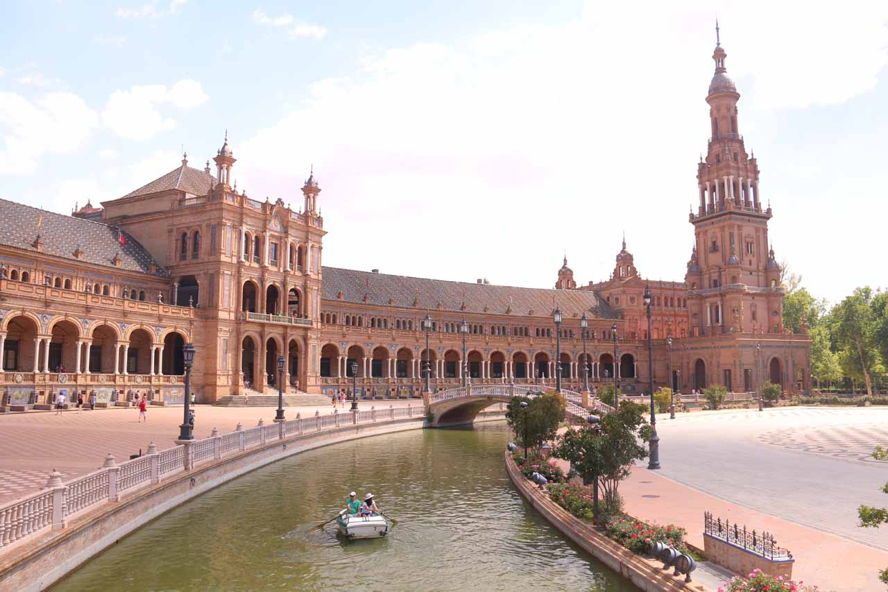 Looking back at the Plaza de Espana from the other end of its semi-circle