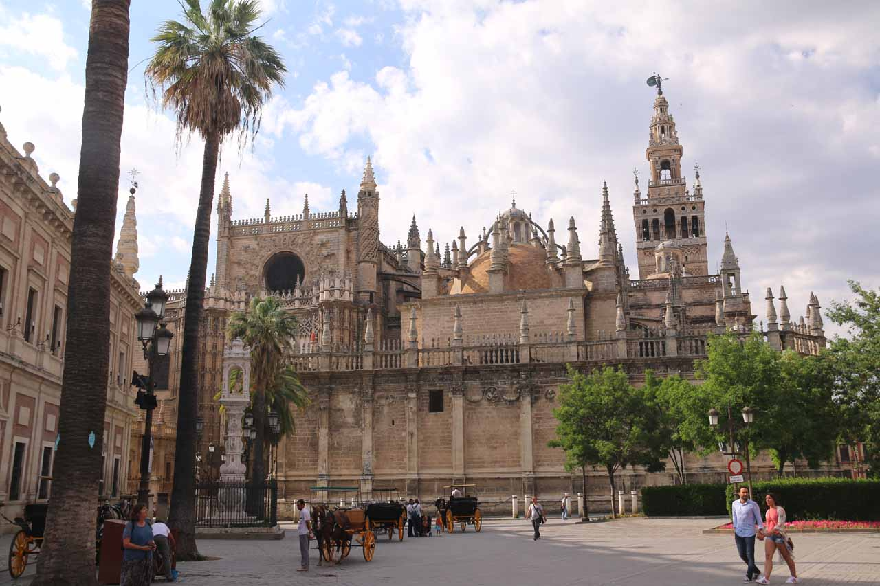 Back at the famliar Catedral de Sevilla as we were making our way back to the apartment