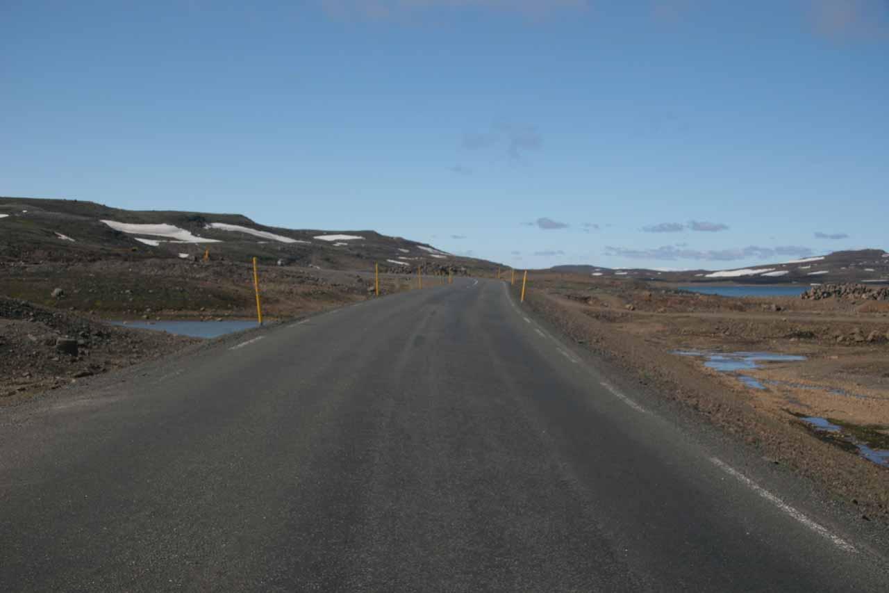 Amongst the moors on the pass between Egilsstaðir and Seyðisfjörður