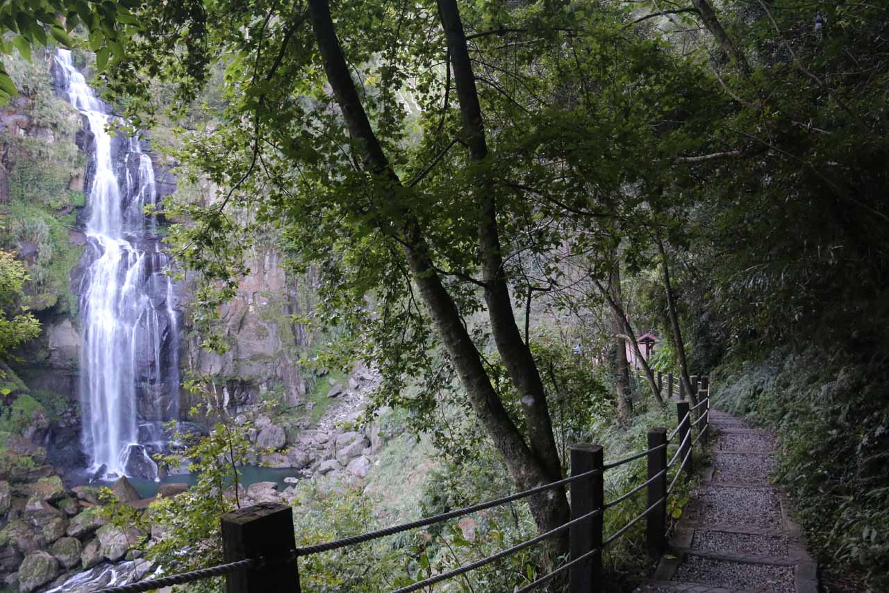 Context of the Chinglong Falls and the last stretch of trail to its end