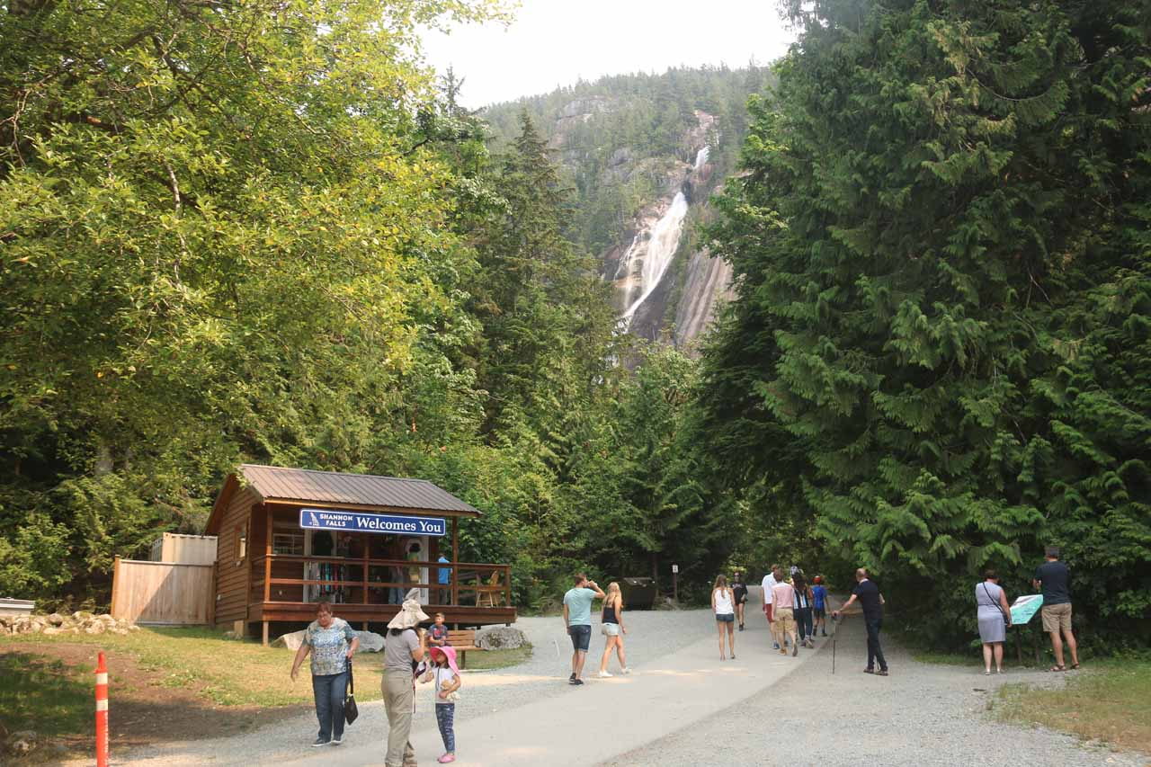 Near the welcome center by both the restrooms and the picnic tables, we were already able to start seeing Shannon Falls towering over Squamish Valley