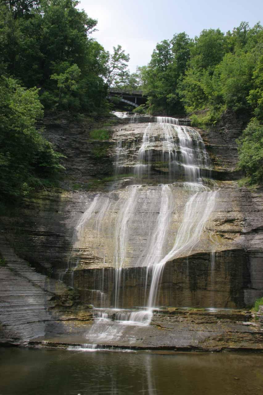 More contextual look at She-Qua-Ga Falls
