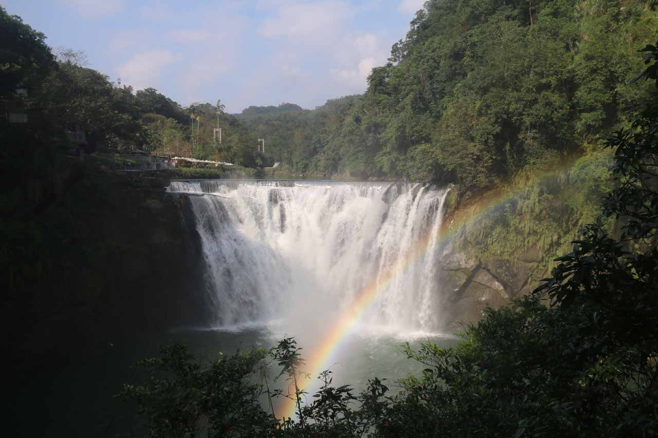 On our first frontal look at the Shifen Waterfall, we were greeted with a well-positioned rainbow
