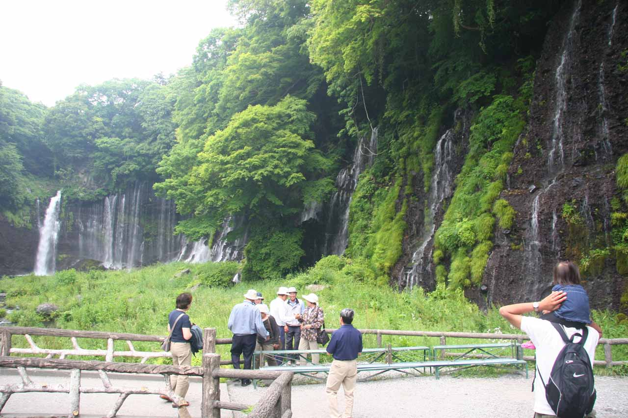 Last look back at the Shiraito Waterfall with some folks trying to take a group photo