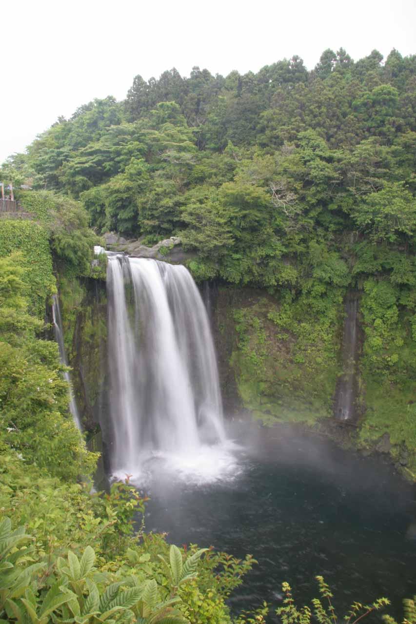 Otodome-no-taki - 'stop the sound' waterfall