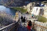 Shoshone_Falls_003_04012021 - Julie and Tahia descending the steps onto the much busier (compared to our first visit 8 years ago) overlook for Shoshone Falls while trying to maintain social distance