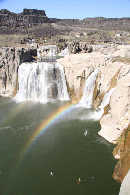 Shoshone_Falls_033_20130424 - A pair of kayakers approaching the base of Shoshone Falls beneath a pair of rainbows